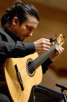 Artyom Dervoed - Gitarre