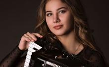 Anna Kryshtaleva - hier klicken, um Bilddatei in hoher Auflösung anzuzeigen oder herunterzuladen